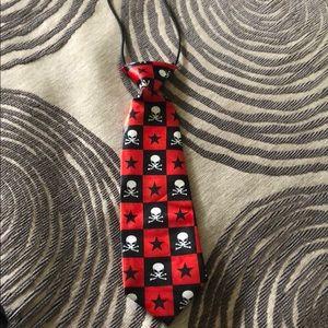 Brand new toddler tie 💀